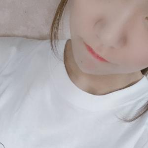 スリジエWEST小夏あみちゃんがどこかで見たことある犬のTシャツ着てるぞ【ハゲツイン】