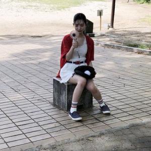 そう言えば23歳だった藤本冬香ちゃんのずぶ濡れSKE48のオフショット