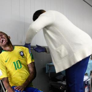 【海外の反応】サッカー選手のワクチン接種状況