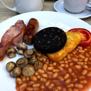 実は難しいイギリスでの朝カフェ活!だからこそ楽しい♪♪
