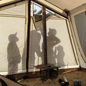 [幸せ空間が手に入る]テンマクデザイン(tent-Mark DESIGNS)ウッドストーブ サイドビュー