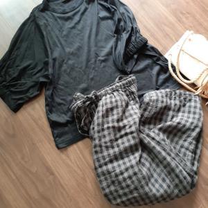 今日の服。ブラックに小物ホワイト💓