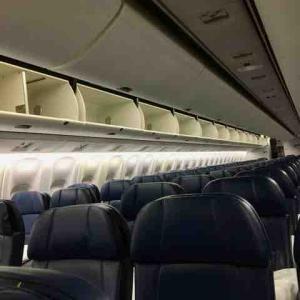 ハワイアン航空2便が引き返す