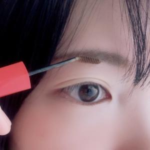 黒髪の人は眉マスカラいらないは間違い!自然に馴染む色選び