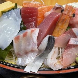 横浜中央卸売市場の「カネセイ」これぞ市場の舟盛