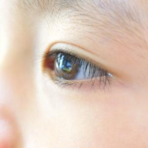 実体験 子どもが目の中に何か入った‼ こんな時はどうしたらいいの?