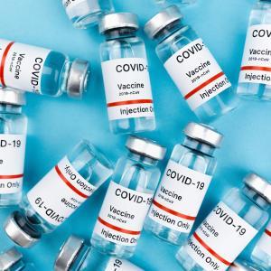 新型コロナワクチン接種の予約がなかなか取れない!そんなあなたにお薦めアプリをご紹介します