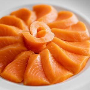 サーモンとは?鮭との違いや美味しい食べ方も解説!