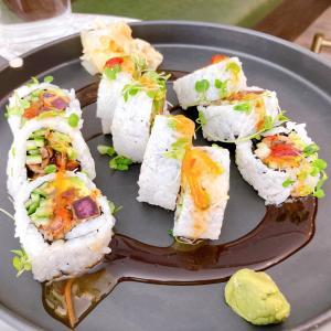 お寿司をこえた何か