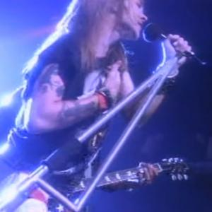 GUNS N' ROSES『YOU COULD BE MINE』