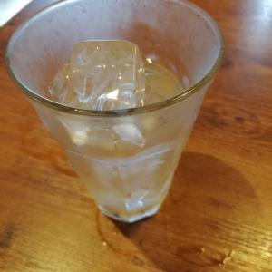 一杯のお水から感じられる豊かさの循環
