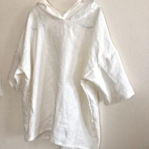 mion 布帛で作るパーカー 5部袖