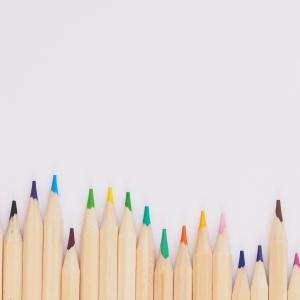 【デザイン基礎】これだけは知っておきたいスライド色の3原則と効果的に使う方法4選