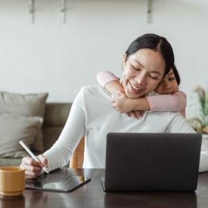 【リモートワーク体験談】実際に在宅で仕事と子育ては両立できるのか?