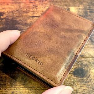 最高にミニマルな財布「SECRID(シークリッド)」の魅力