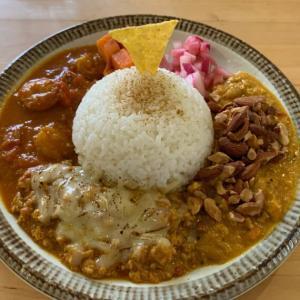 『神戸カレー食堂 ラージクマール』でオシャレにカレーを楽しむ