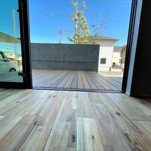 【無垢床への理解】無垢フローリングの床材の施工が地味に大変なお話