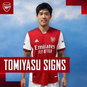 冨安健洋 選手が アーセナル へ完全移籍、ガナーズに加入した!おめでとう!