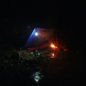 木曽川水系 渓流泊一日目|フライフィッシングと豪雨の焚き火