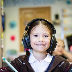 【サービス紹介】子供向けオンライン英会話『GLOBAL CROWN for Group』で送迎いらずの英語教育を