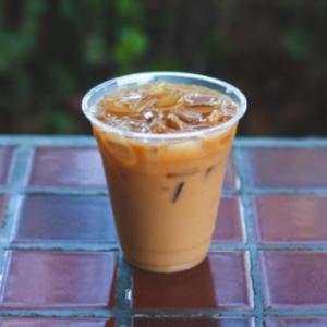 月曜日の朝、一杯のコーヒーに背中をおされ出勤する。