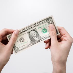 【悲報】好きなことで稼ぐのは基本無理です。その理由を解説
