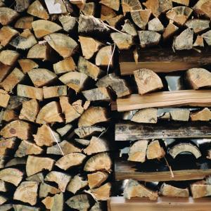 【薪の数量計算】知って損なし。幹材積・丸太材積・重量換算って?