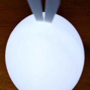 ダイソーのポンポンライト💡、柔らか素材で手触りもよく、さわるだけで点灯消灯できる優れもの🌸