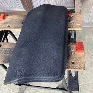 ハイラックス125リアバンパー凹直し!パテで埋めてアンダーコート塗装!これで耐久力アップ!