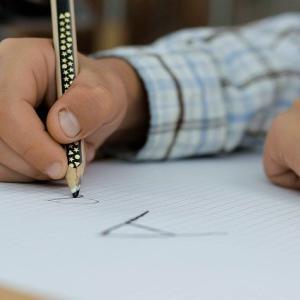 【Z 会 小学生 コース】思考力向上のすごさを実感!公文式との違い