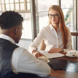 【実態調査】転職の面接通過率をあげる最低限の対策と面接官に見られる3つのポイント