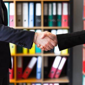 【実体験】転職エージェントは大手と特化型の併用がおすすめ!メリット・デメリットを解説