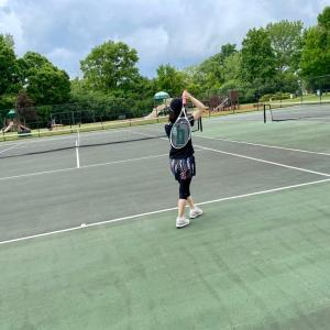 自宅の敷地内でスポーツを楽しむ日常生活