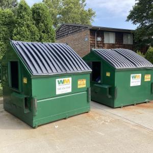 アメリカのゴミ収集車が意外すぎる大胆な方法でゴミを回収していた!