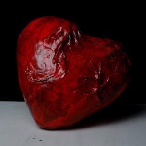 100均グッズでハートの心臓作りました