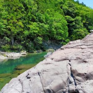 天川村で川遊び
