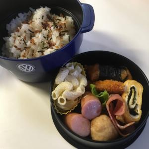 お弁当作り。