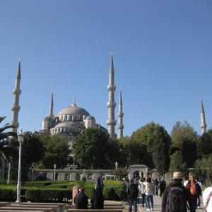 トルコ投資移住ならわずか2800万円で国籍が取得できる。犯罪履歴証明書も必要なし!