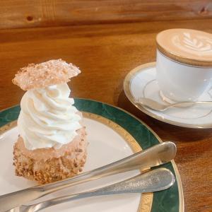 喫茶 半月:蔵前にある大人の隠れ家カフェ