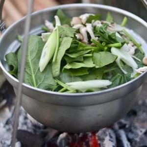 これからの時期に重宝する鍋『ユニフレーム:焚き火鍋』について紹介まとめ