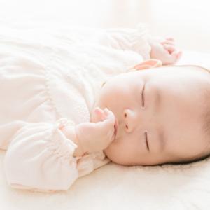 【出産準備】体験談コンビミニのラップクラッチはおむつ替えが簡単って本当?
