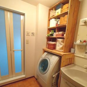 賃貸diy!洗濯機上スペースに大容量のオープン収納棚を設置する方法