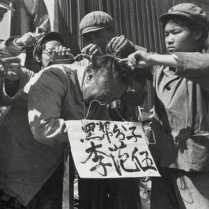 #韓国記事翻訳 『不快な判決を下した判事に対する弾劾請求が慢性化している』、『毎日新聞よ。尹奉吉先生が生きていたら、お前らに爆弾投下だ』