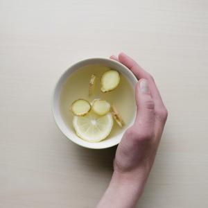 のど奥のイガイガに効く生姜湯がすぐに作れる 蒸ししょうがパウダー おすすめ
