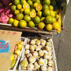 生野菜不足は果物で代用しています