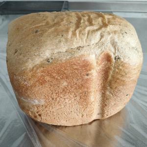 黒ごまきな粉食パンを試作しました
