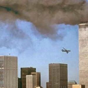 嘘パンデミックはアメリカ自作自演9.11の世界版だ 。ロックダウンすべきだったのは、病院と医療産業と支配者たち! Σ(・ω・ノ)ノ!