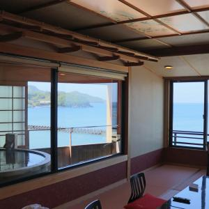 【実際に泊まってみた宿泊記】西伊豆の粋松亭は駿河湾に溶ける夕日が絶景!海が目の前のオーシャンビュー高級旅館です。