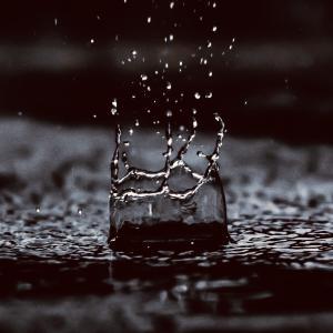 気象病を解説【自律神経の乱れが問題!雨や低気圧でしんどいあなたへ】