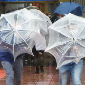 梅雨時期の急な雨にも安心 3wayバック
